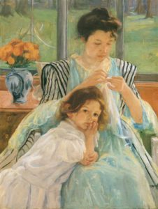 1428790965_young-mother-sewing-jeune-m232re-cou.jpg